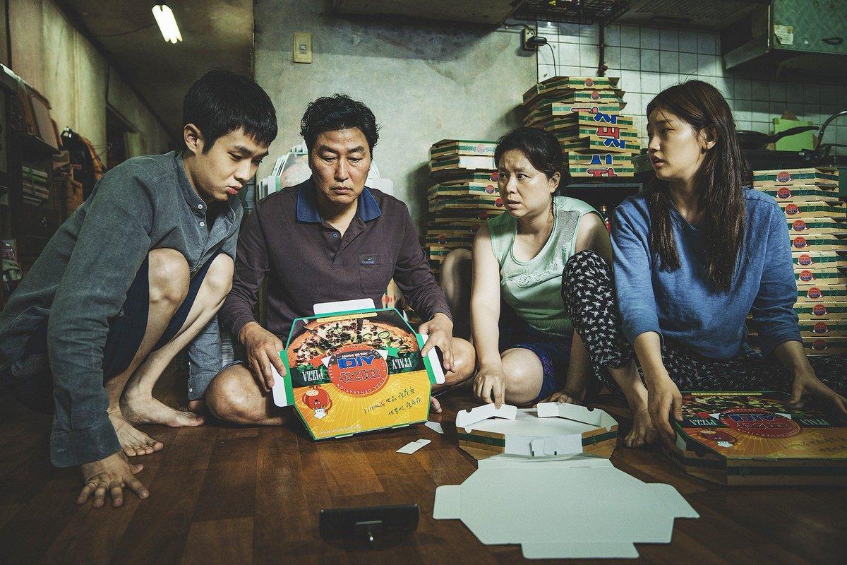 #gisaengchung #parasite #bongjoonho #film #songkangho #southkorea #cinema #koreanfilm #koreanmovie #leesunkyun #movie #drama #instamovies #moviereview #kanghosong #parasitemovie #dramamovie #cannespic.twitter.com/CbVfYwqIvx