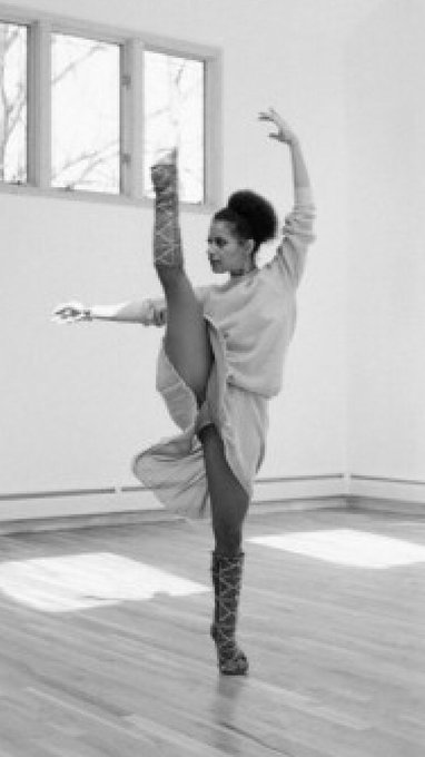 Happy 70th Birthday to the amazing, living legend.. Debbie Allen!!!