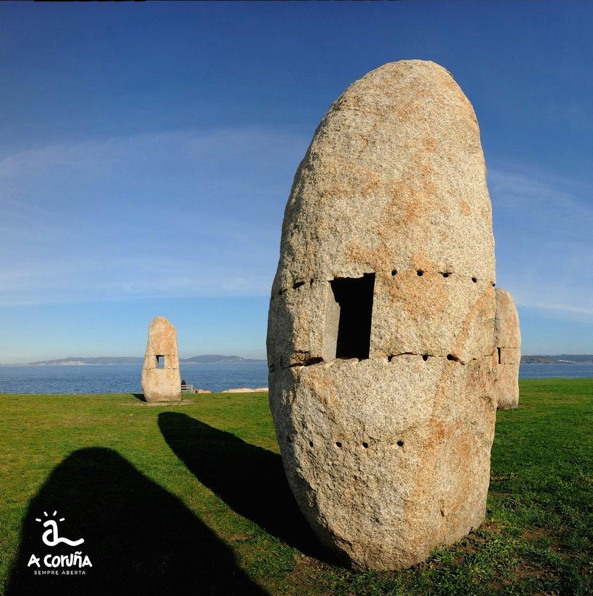🍀 Un lugar para el relax y el disfrute, el Parque Escultórico de la @torrehercules #SiempreAbierta https://t.co/l2mxeMYmJI