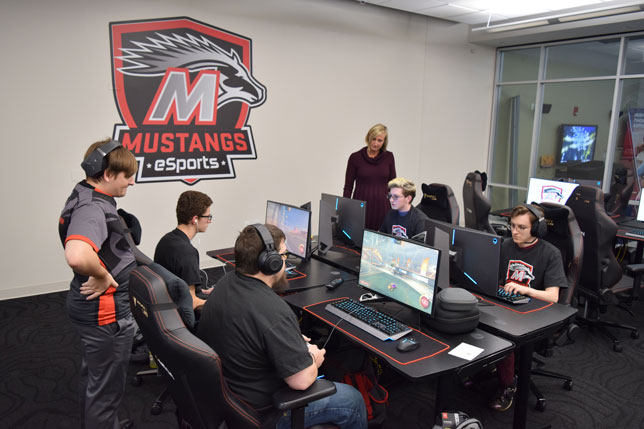 Esports programs are showing up everywhere. Are you ready? See where it is heading, at http://ow.ly/YMt550xSAG8  Campus Technology @Campus_Tech  #esports #esport #campustech #campusav #audiovisual #proav #avtweeps #av #tech #technology #audio #avsolutions pic.twitter.com/kFxbcKCF69