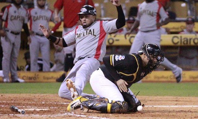 Jesse Castillo fungió como refuerzo y cuarto bat de Leones del Escogido.