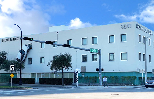 Dr. Jeffrey Gelblum and Dr. Raul Grosz have a new office in #MidtownMiami, in addition to their #Aventura office. Their new office is located at 3801 Biscayne Blvd, Suite 140, Miami, FL 33137. For appointments, call (305) 936-9393. #midtownmiamineurology #miami #neurologistspic.twitter.com/9YvtFjwcDs