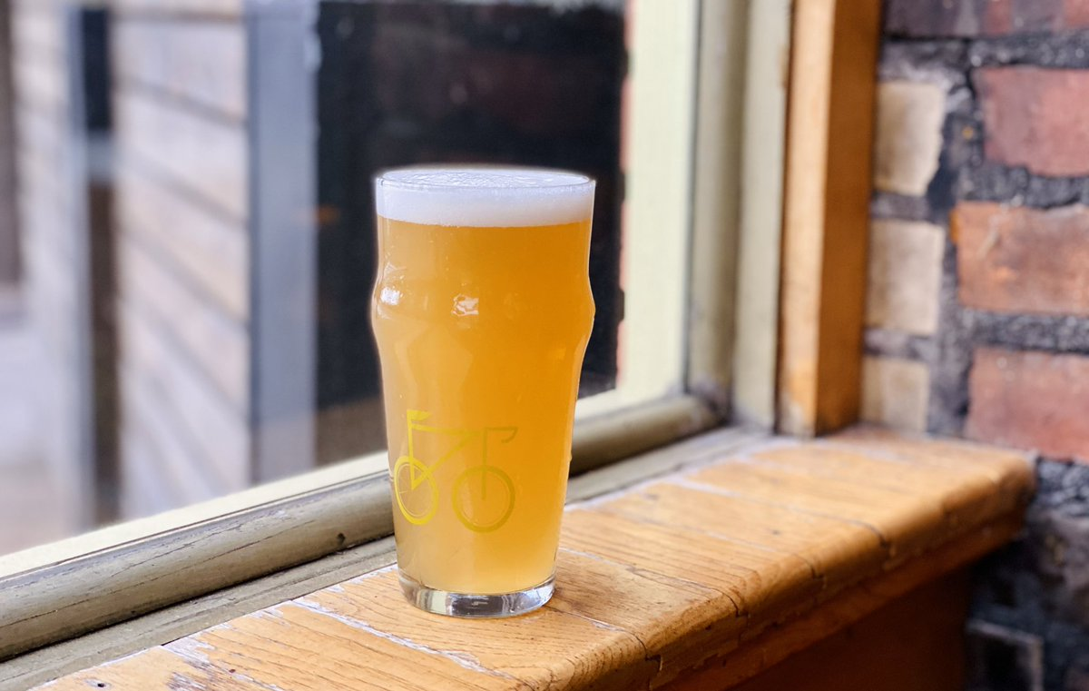 Saturday Sunrise | 4.5%.  A must have if you claim to like wheat ales. Click the link to find out what Simon the brewer has to say about it. https://www.instagram.com/p/B7ZYvtMJQxV/?igshid=1h3rj00hygmbq…  #nanobrewcleveland pic.twitter.com/3UMUsKBM3H