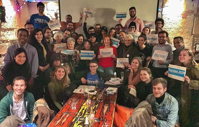 AMAZINGturnout and energy for tonight's France  for #Bernie2020 meeting!!! Ready to get out the vote of Americans abroad - Our voice counts too!!! #notmeus #feelthebern #itrustbernie #bernieabroad #medicareforall #greennewdeal <br>http://pic.twitter.com/1hGe7ibva1