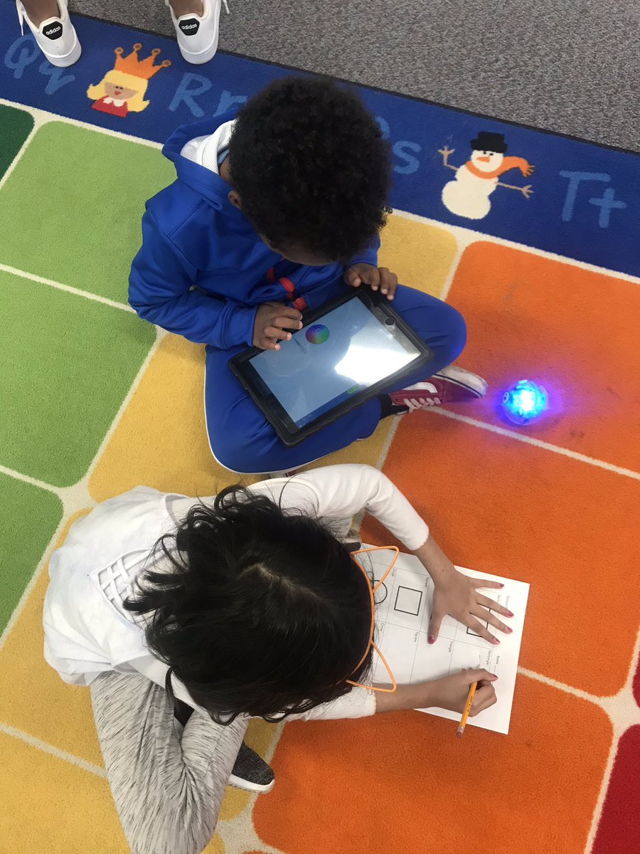 <a target='_blank' href='http://twitter.com/APSDrewKinder'>@APSDrewKinder</a> Kinders LOVED learning to draw shapes with <a target='_blank' href='http://twitter.com/Sphero'>@Sphero</a> this afternoon! <a target='_blank' href='http://twitter.com/DrewPTA'>@DrewPTA</a> <a target='_blank' href='http://twitter.com/APTracyG'>@APTracyG</a> <a target='_blank' href='http://twitter.com/GravesKimberley'>@GravesKimberley</a> <a target='_blank' href='http://twitter.com/mrgildea33'>@mrgildea33</a> <a target='_blank' href='https://t.co/oKO1L8W2v1'>https://t.co/oKO1L8W2v1</a>