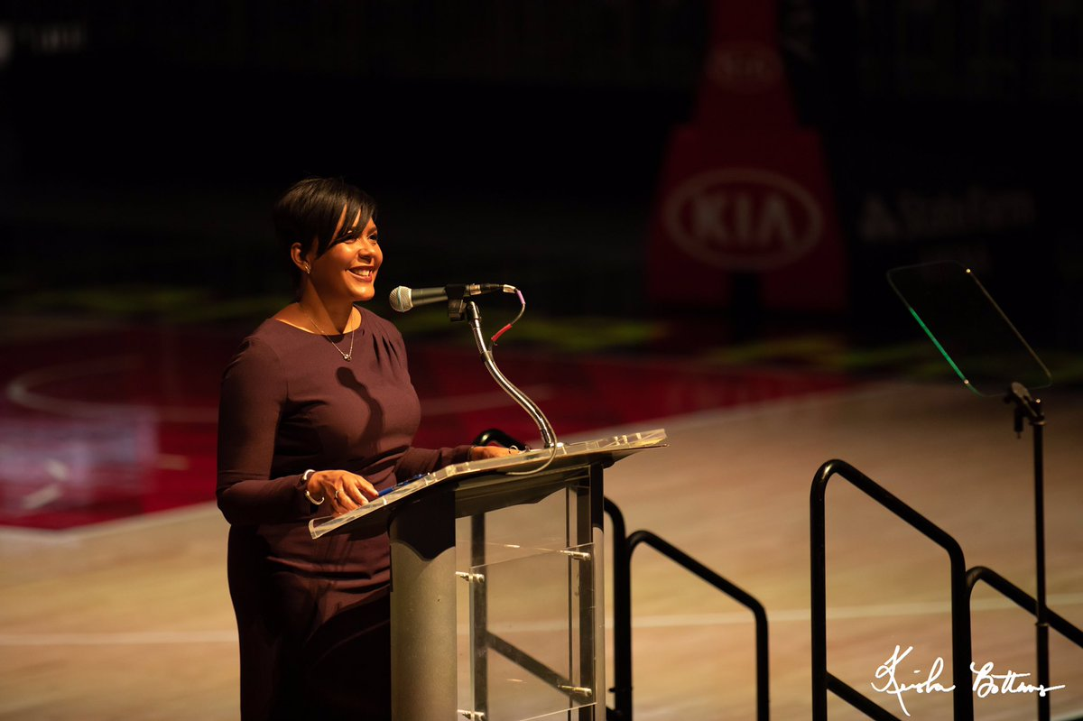Mayor @KeishaBottoms delivered remarks to business community leaders at the Central Atlanta Progress Annual Meeting. CAP celebrated the highlights of 2019 and previewed what 2020 holds for the organization and the @downtownatlanta community. #OneAtlanta #ATLDTN