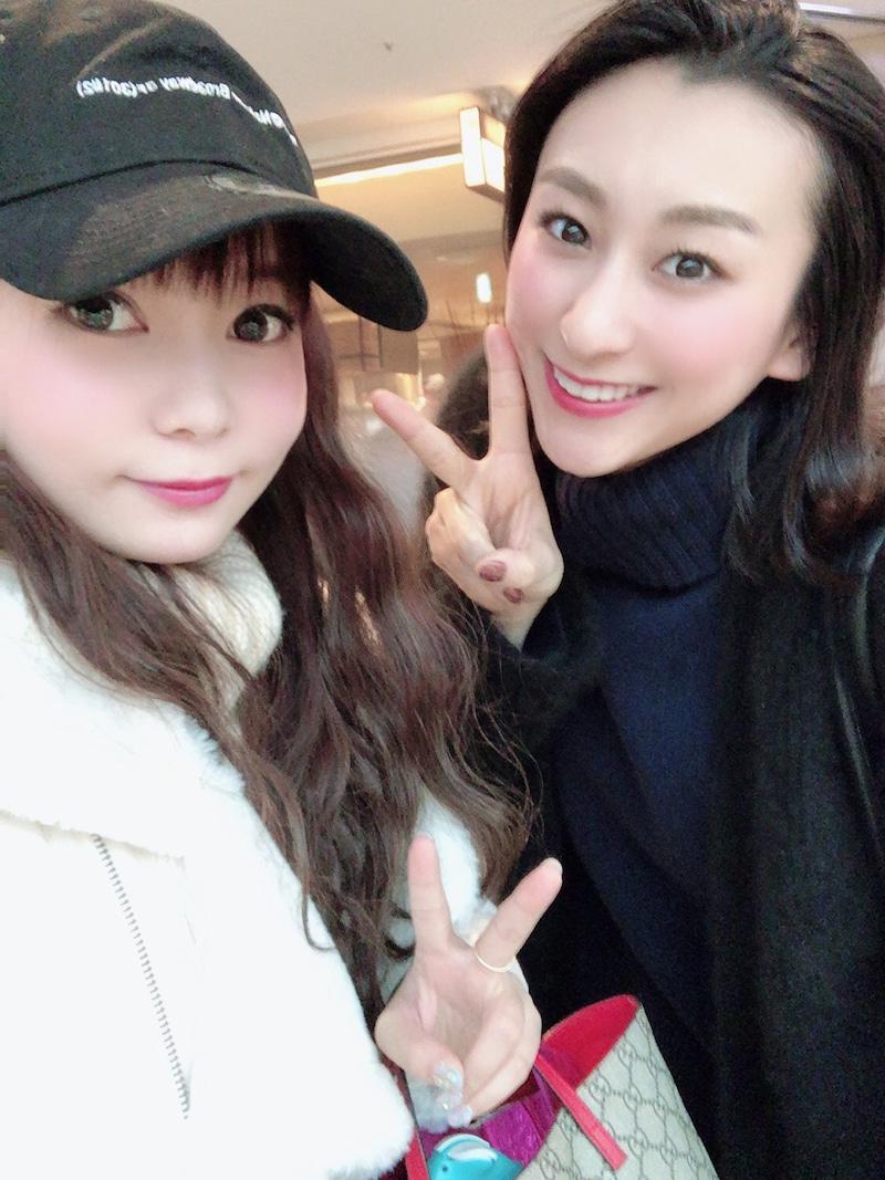 #中川翔子 さんが #浅田舞 さんとランチへ➰😄🍞🍅🥦🍴とても楽しそうな様子を公開していますよ😋🍰☕️🥤🎶🍓「おいしかった楽しかったなぁ☺️」🍓@shoko55mmtsブログはこちら⬇️