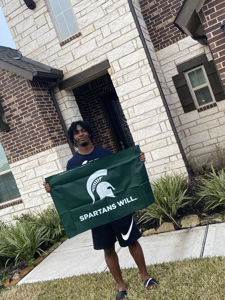 Extremely blessed and excited to announce that I have been accepted into Michigan State University #SpartansWill #GoGreen  <br>http://pic.twitter.com/b9kEJfYfry