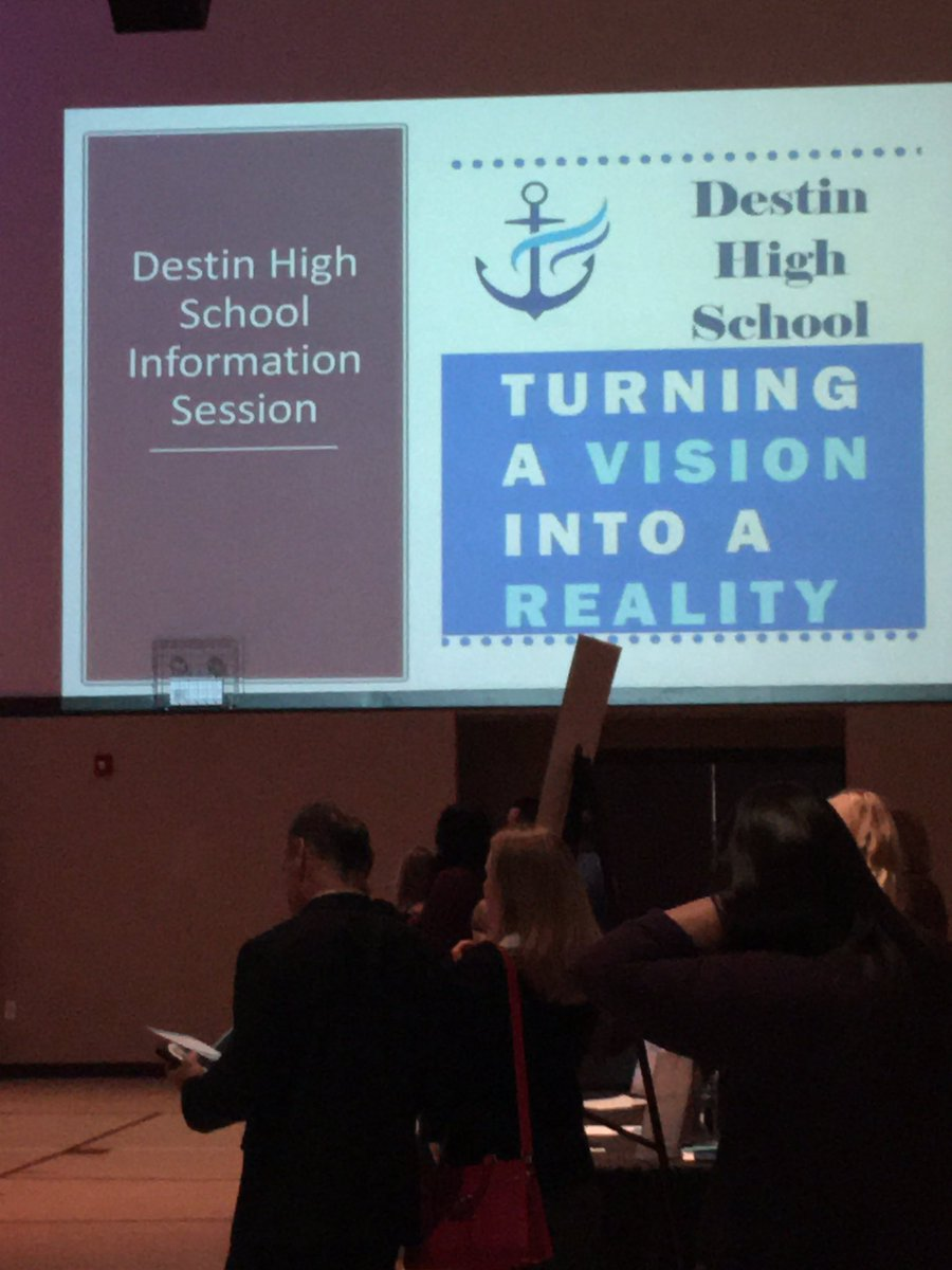 Citizens of Destin are celebrating the kick off of Destin High School tonight.@bagboy801 @mdchambers25 @ddk30275228