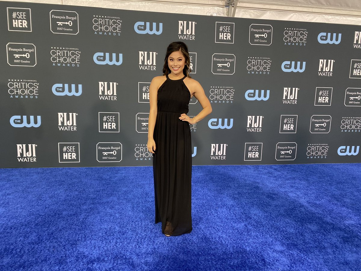 "#TBT to this past Sunday, doing interviews on the ""blue"" carpet at the Critics' Choice Awards with @OriginalFunko!"