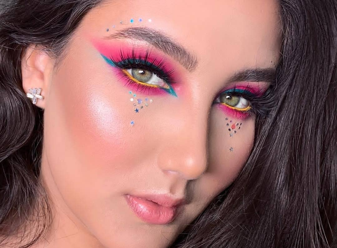 Festival look  . Thank you @makeupandpink  for using our brushes and enjoying them . -Get Yours Today- . https://eigshowbeauty.com/ . Follow  @eigshowbeauty Now . . #eigshowbeauty #makeupbrushset #eigshow #tartecosmetics #festival #coachella #makeupforbarbies pic.twitter.com/EqIjMaoNhl