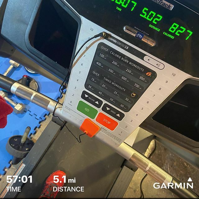A few Thursday treadmill miles, it's been a struggle on the TM so far, but doing what's best while the PF is healing.  #runner  #ultrarunner #runnersproblems  #runnerslife #treadmillrunning  #prevail #prevailbotanicals #squirrelsnutbutter #garminfitness …  https:// ift.tt/373YOD5    <br>http://pic.twitter.com/8AQSqRoRLx
