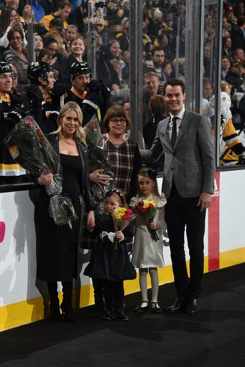 A special night for the winningest goalie in #NHLBruins history. @tuukkarask   #Tuukka500