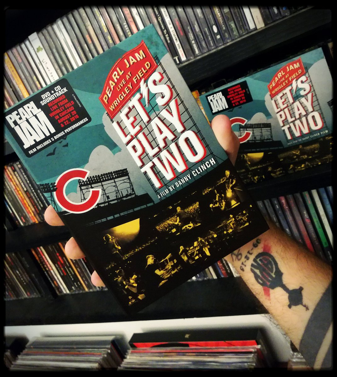 @PearlJam #NowPlaying #PearlJam Let's Play Two #Dvd + #Cd #Music #CdCollection pic.twitter.com/TurPdNlpda