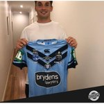 @Thomas_Burgess @NRL @JordanKahu @lachfitz @SeaEagles @IanPrendergast Cam Murray has kindly donated his signed match-worn jersey from Game I of the 2019 State of #Origin series to the #Bushfire Relief Auction! 👏His debut game for the @NSWBlues!BID NOW: https://t.co/Qa4cTAOJrY