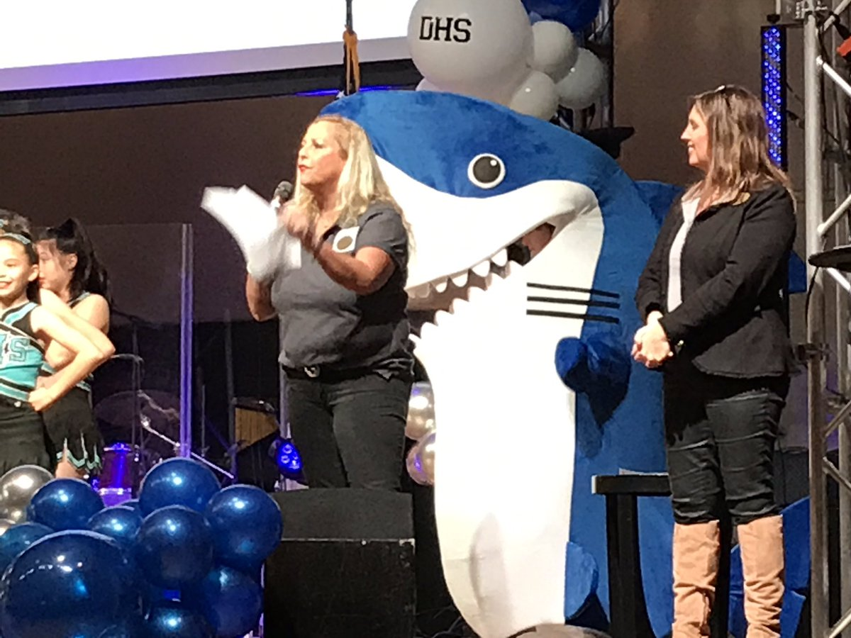 👀 out @Ramswell4Destin a shark is behind you! #DestinHS INC celebrating its new logo and mascot which is another step before it opens August 2020 @weartv More info at http://www.destinhighschool.org  – at Destin Life Center DUMC