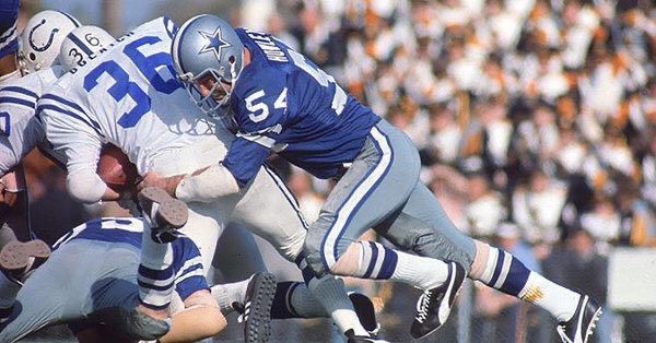 #DallasCowboys  #CowboysNation This is another glaring HOF snub. Chuck Howley was Super Bowl V MVP, 6X Pro Bowler  5X All-Pro and SBVI Champion. In the Cowboys Ring of Honor and should one day take his place in Canton. <br>http://pic.twitter.com/3MeNxzfF7X