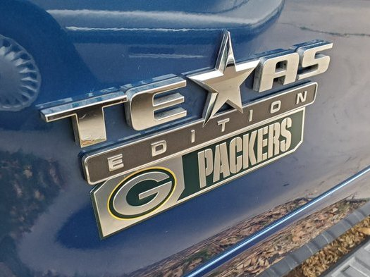Packerfying my truck is becoming an obsession. This is just a little bit of what's on my truck. I'm currently interested in finding someone to do a GBP wrap so we shall see. I want EVERYONE to know who I rep! #GoPackGo #PackerNation #GreenandGold #ForLife pic.twitter.com/hOvk207c5k