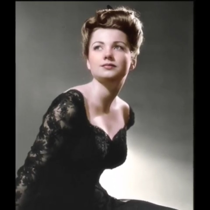 Color Pictures #annebaxter #colorfulpic #redlips #hollywood #goldenageofhollywood #hollywoodglamour #actress #goldenageofbeauty #hollywooddreams #pinupgirl #pinupsrule #goldenage #sexy #beauty #Beautiful #enchanting #sexsymbol #femme #classy #classychic #class #agelesspic.twitter.com/3nLatXTubG