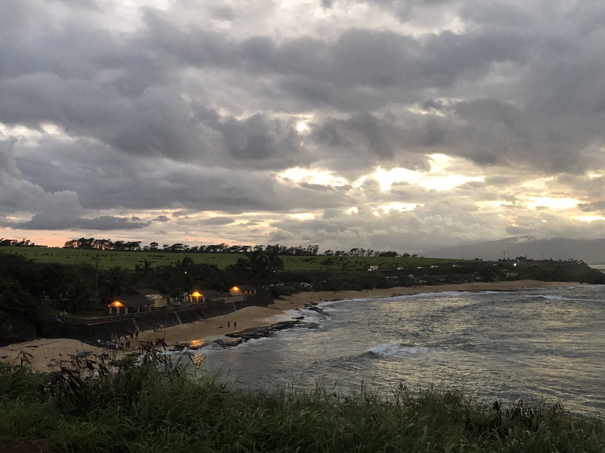test Twitter Media - Cooling and calm at the end of the day on the North Shore. #CMWeather #Maui #Hookipa #Surf #Ocean #MagicalMaui #Mauinokaoi https://t.co/JEee5ACYRK