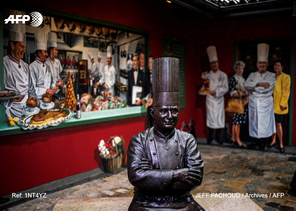 Legendary chef Paul Bocuse's restaurant loses its third Michelin star