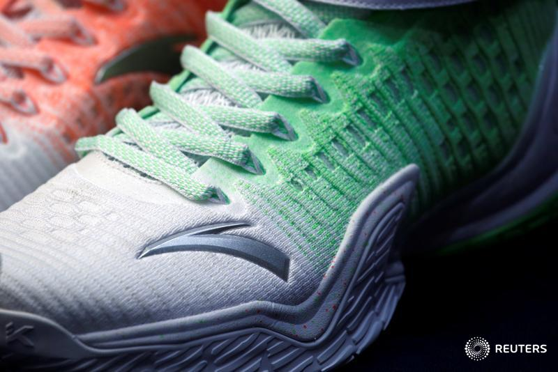 Anta Sports is issuing 1 bln euros of convertible debt. Strong take-up will signal confidence the $27 bln Chinese sportswear giant can repeat its success reviving Fila with Finland's Amer. @AlecMac11  @sharonlamhk   http://bit.ly/30s1dFf