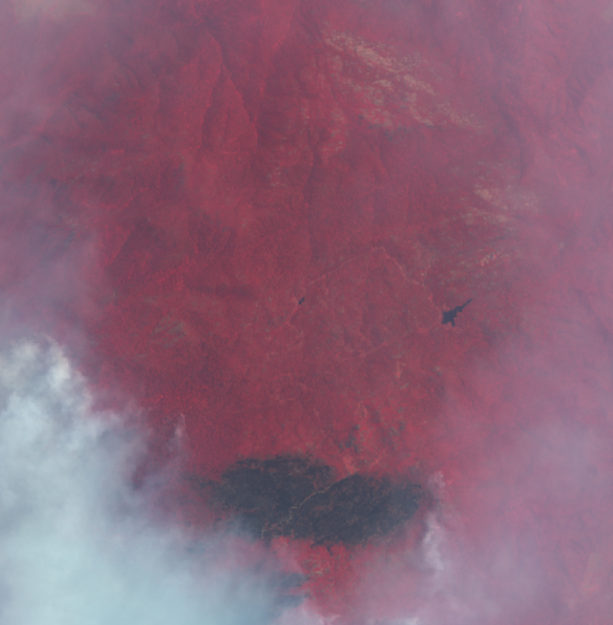 Mt Buffalo VIC four days ago - apparently the fire has grown a lot more since then  It was a regular holiday spot for my wife growing up and she took me there last year and loved it. Was keen to go back ... pic.twitter.com/m1zHYhrByJ