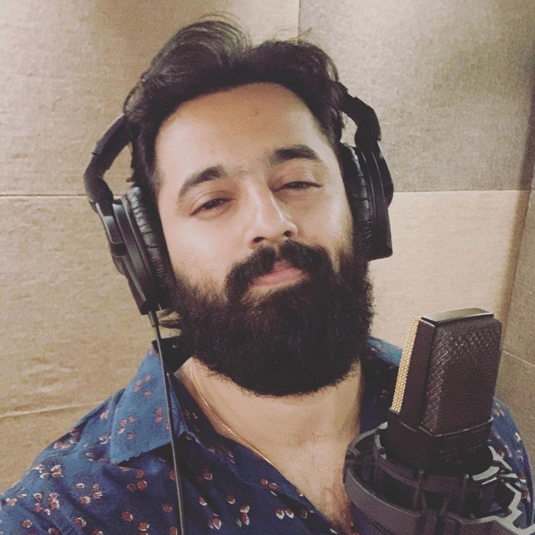 Mollywood SuperMan @iamunnimukundan completed his 4th song at Sapthaa Studio @Sapthaarecords  #УнниМукундн #Unniyettan #UnniMukundan  #SuperManOfMollywood  #SuperManOfKerala #SuperMan  #MollywoodSuperman #SalmanKhan #ManOfSteel #Meppadiyan @filmfare  #HrithikRoshan #AamirKhanpic.twitter.com/G22beHxwVK