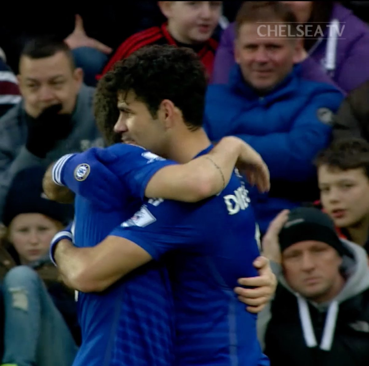 Costa and Oscar with two of our 🖐 at Swansea #onthisday in 2015! 📅