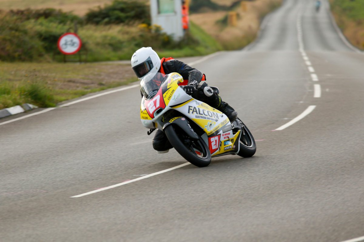 There could be changes on the way for practice and qualifying at this year's Manx Grand Prix and Classic TT... https://www.ukclubsport.com/sunday-start-among-proposed-manx-gp-classic-tt-schedule-changes/…pic.twitter.com/1yacAGadDI