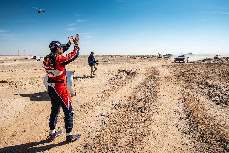 2020 42º Rallye Raid Dakar - Arabia Saudí [5-17 Enero] - Página 11 EOeA4j4W4AM7Eg6?format=jpg&name=large