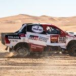 @motorpuntoes Mientras terminan de llegar todos los 'supervivientes' del #Dakar2020 al final del rally, aprovecho para quitarme el sombrero ante @alo_oficial. Cierra su primer #Dakar con un podio, ocho 'top 10' de etapa y en el 13º puesto final. ¡Chapó!