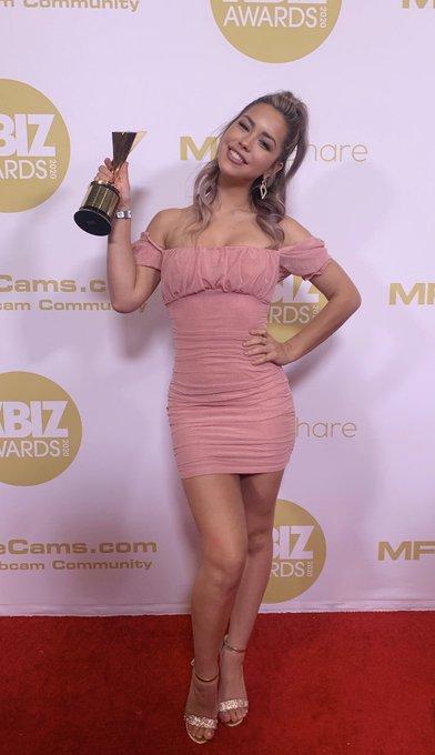 I won best actress- taboo themed release for @XBIZ!!!!! 🥳 https://t.co/u8679mRtdA