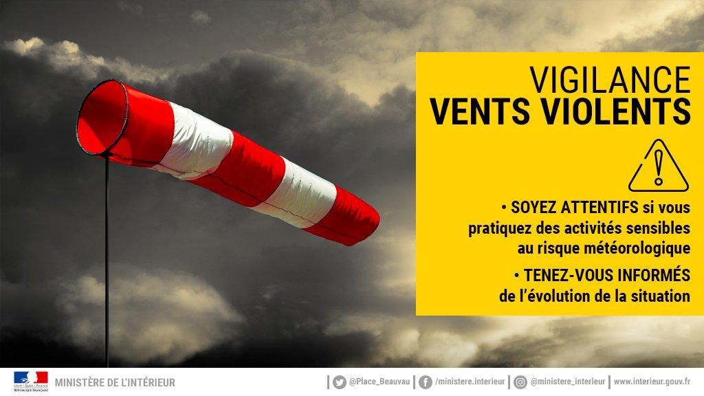 Attention : vents violents attendus sur le département à partir de 10h aujourd'hui ! #météo #alertemétéo #vigilancejaune #Lormont #gironde #ventsviolents #NouvelleAquitaine twitter.com/PrefAquitaine3…