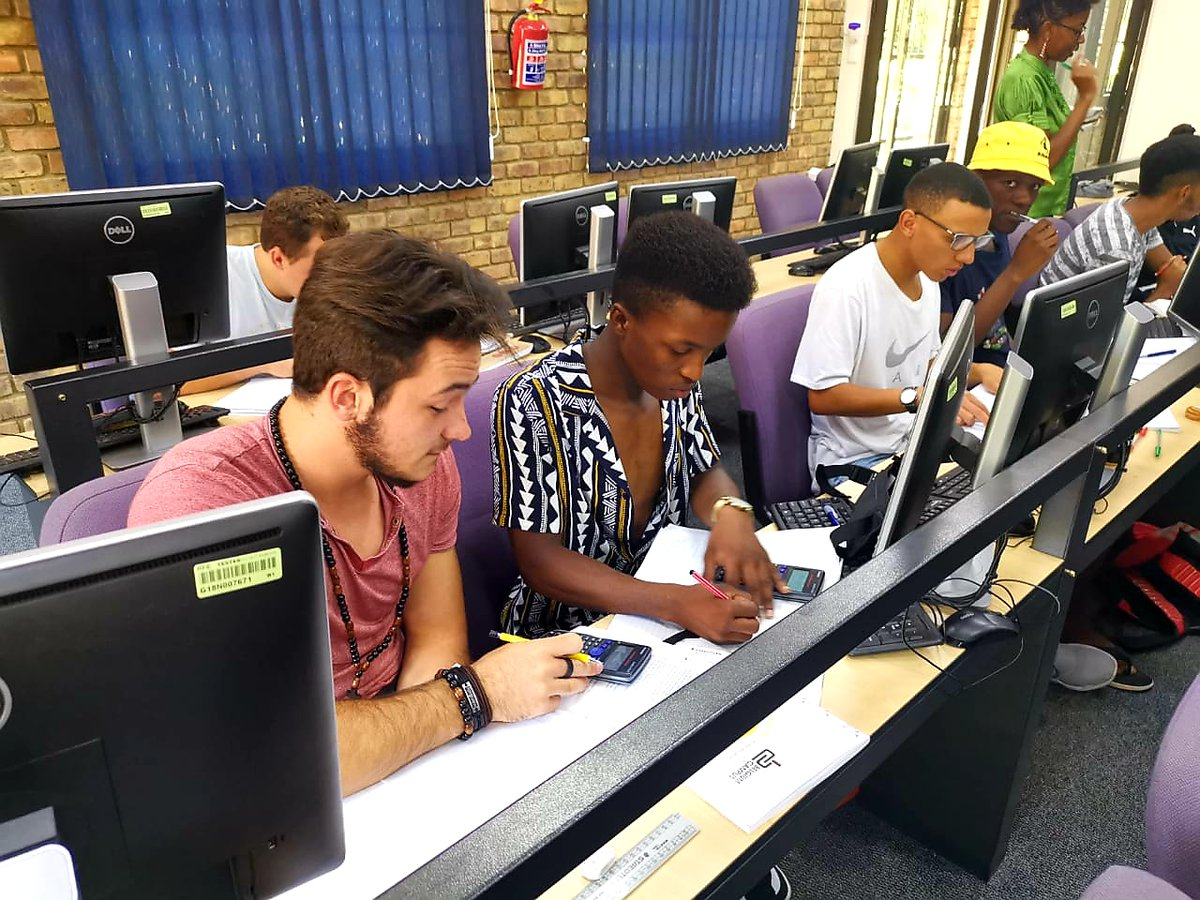 We spot some future #IT leaders at our Pretoria campus! Pictured: some of our first year #students sharpening their linear #programming #skills through #mathematics.  #information #technology #leader #study #uni #studentlife #unilife #BelgiumCampus #iTversity #itsthewaywerewiredpic.twitter.com/yGJ6M7P9L9