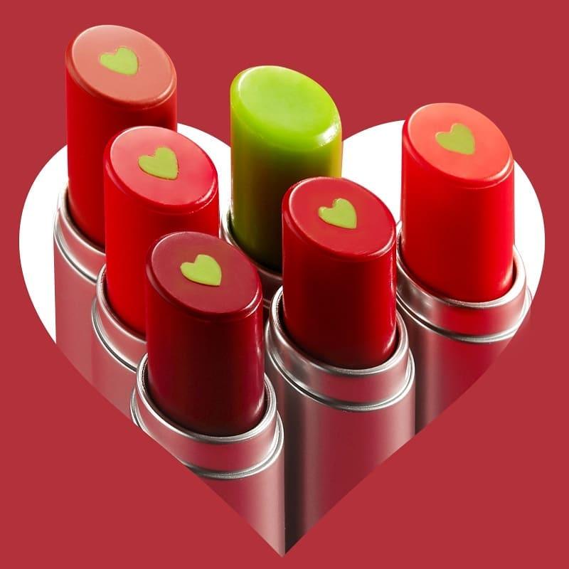 Who can resist kissable lips like these? 💋💄    🔍MACQUEEN - Heart Plumper Tint Glow   SHOP👉  #newyearsmakeup #stylevana #koreanbeauty #newyearsgoals #koreanmakeup #koreanlipstick #macqueen 