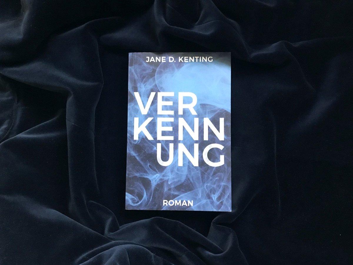 Wer #Verkennung mag, mag auch: Rätselhaftes und Unheimliches; Nebel und Nacht; Herbst und Winter; verschrobene Romanfiguren; subtile Spannung.  Leseprobe z. B. hier: https://www.epubli.de/shop/buch/Verkennung-Jane-D-Kenting-9783748553380/87764…  #SPbuch #Lesezeit pic.twitter.com/6uNIhYF9ej