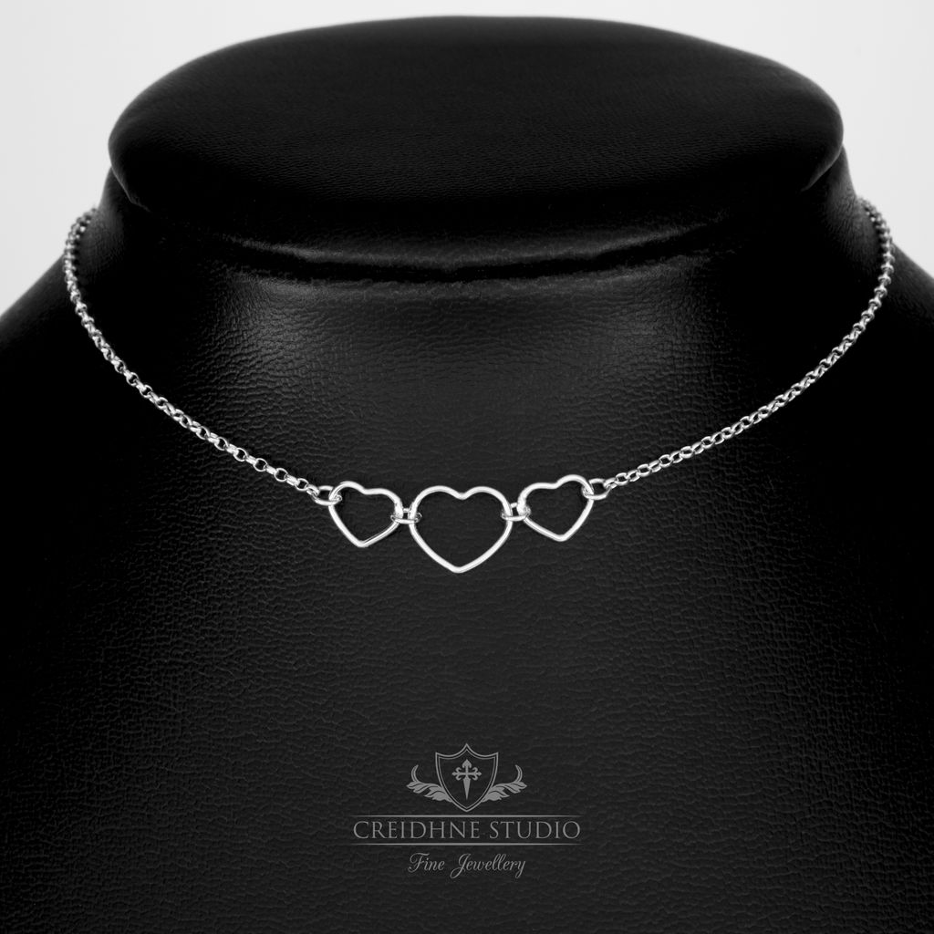 Triple Heart Ring Day Collar, Sterling Silver, very delicate and discreet day collar  BUY NOW:  https://buff.ly/2uQYTMg SHOP: https://buff.ly/2R2mFKC  #goth #alternativefashion #gothicstyle #sterlingsilverjewelry #gothicfashion #altstyle #necklace #daycollar #ddlgcollar #heartpic.twitter.com/j3zYjk58di