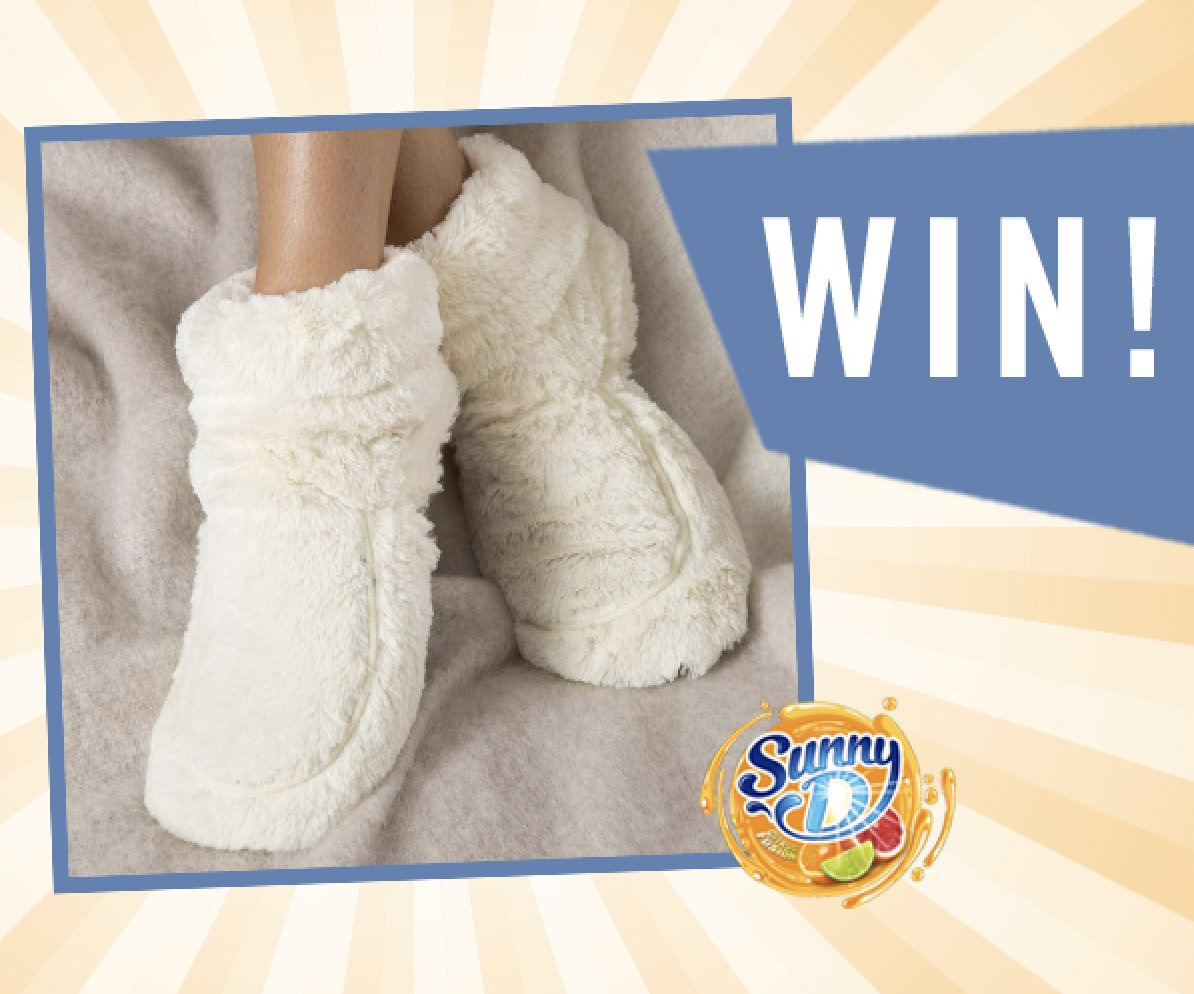 Follow, Retweet & Reply for the chance to Win a Pair of Microwavable House Boots   Could these be any cosier?! House booties that can be warmed in the microwave?!!?!!!?! The future is now! Ends 1pm 23/01, UK Only, T&Cs in bio Apply #FreebieFriday <br>http://pic.twitter.com/oeiO6Nwuag