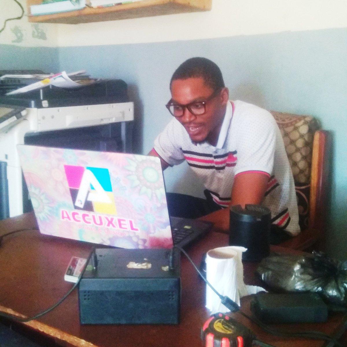 Men at work! #accuxelprints #accues #accuxel #printerinilorin #ilorin #arewailorinpple #arewailorinpple #unilorin #unilorinslayers #unilorinhotties #unilorinconnect #ilorinslayers #ilorinbusiness #kwasu #kwasuconnect #kwasuslayerspic.twitter.com/ZkBGEbOF5C