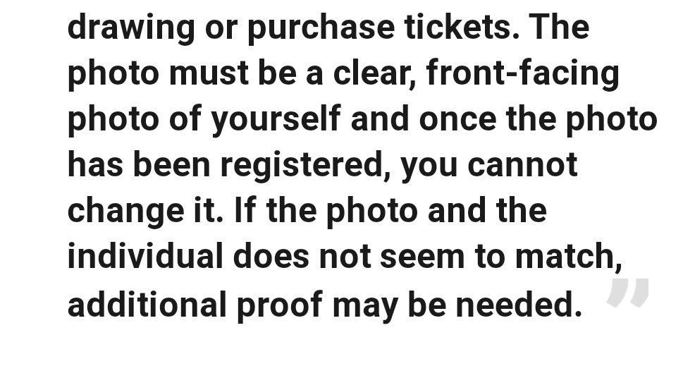 (NB: VERA foto di un VERO pianto dopo che ho fallito nel comprare i biglietti per la prima data a Londra) https://twitter.com/monamjour/status/1217858118434086918…pic.twitter.com/OiJ9xEEn3Y