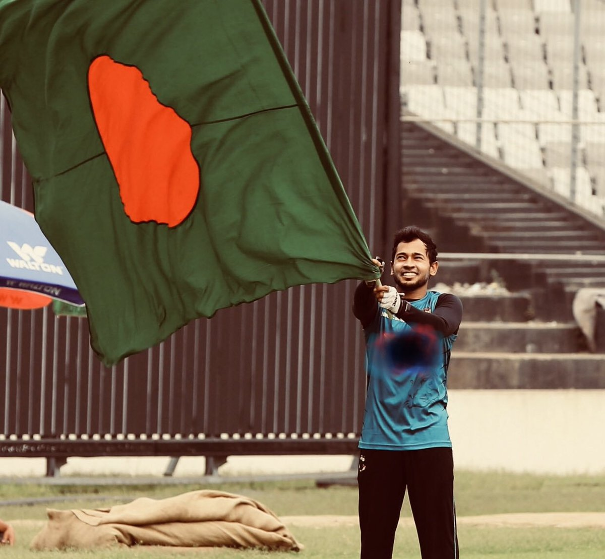 Famous Naagin Dancer Mushfiqur Rahim is not coming Pakistan for T20i Series  <br>http://pic.twitter.com/Pk5auMlAUJ