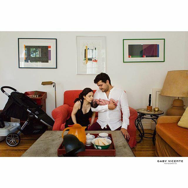 . . . . . . #gabyvicentefotografia #gvfnewborns #gabyvicentenewborns  #fotografiadocumentaldefamilia #fotografiadocumentaldefamilias #documentaryfamilyphotography #fotosencasa #amorporlocotidiano #mecopalocotidiano #fotografiadereciennacidos #newbornsbsas #newbornargentina #…pic.twitter.com/DdV2lFNGkv