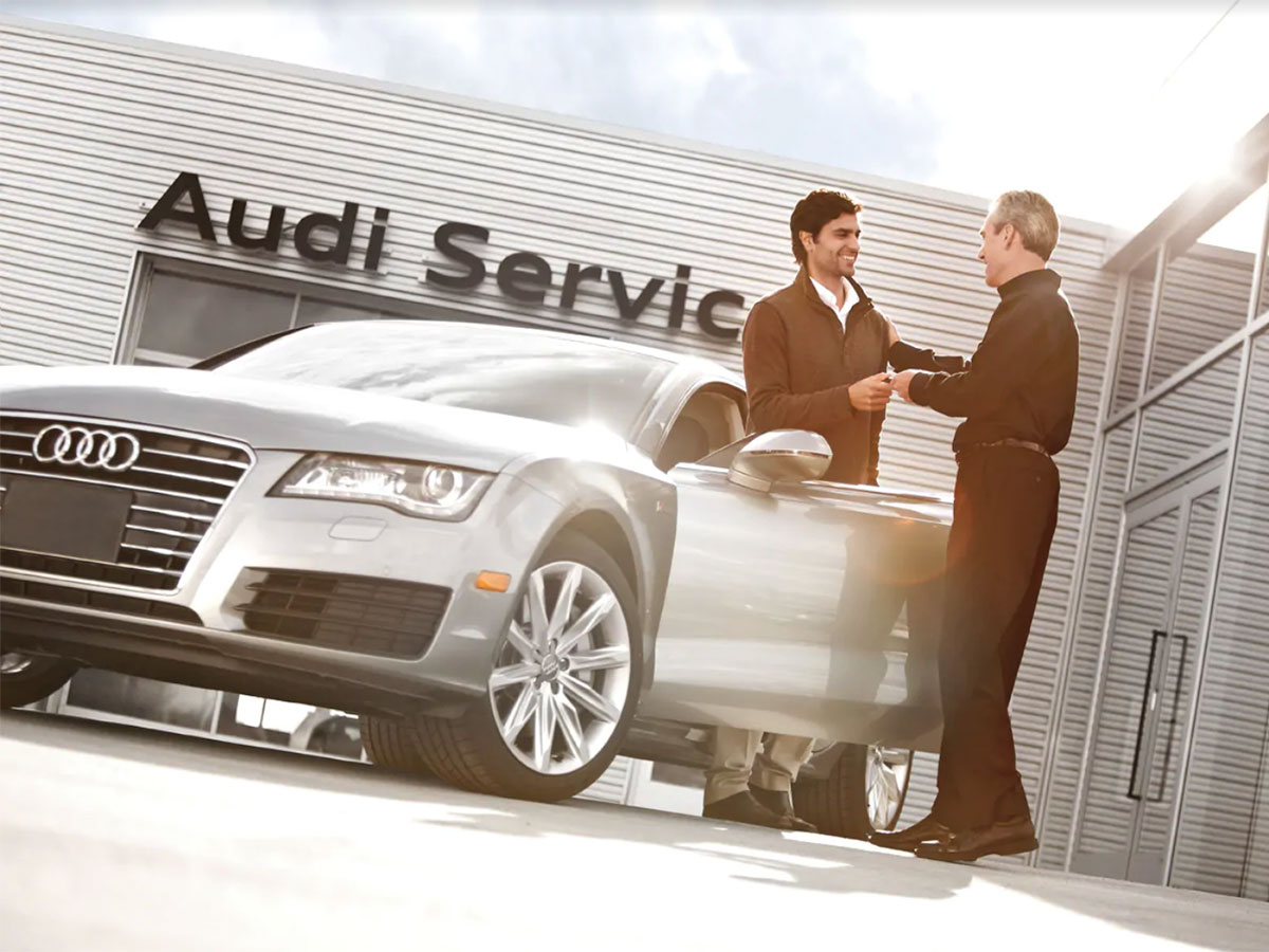 "Here at Audi New Orleans we practice ""Kundenbegeisterung"" which means customer enthusiasm. Audi New Orleans Service Department strives to go above and beyond in taking care of your Audi vehicle. #FeatureFriday #Audi #AudiService #GermanEngineering pic.twitter.com/GEzOtQ69ah"