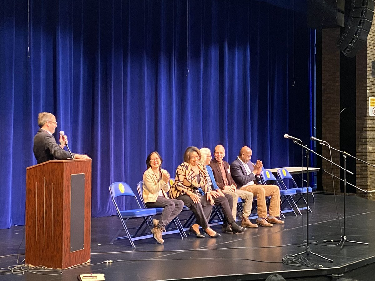 Members from the Arlington School Board and County Board answer questions and hear student concerns at Jefferson's 7th Grade Town Hall. <a target='_blank' href='http://twitter.com/BarbaraKanninen'>@BarbaraKanninen</a> <a target='_blank' href='http://twitter.com/Monique4APS'>@Monique4APS</a> <a target='_blank' href='http://twitter.com/erik4arlington'>@erik4arlington</a> <a target='_blank' href='http://twitter.com/CD4arlington'>@CD4arlington</a> <a target='_blank' href='http://twitter.com/APSVirginia'>@APSVirginia</a> <a target='_blank' href='http://search.twitter.com/search?q=APSisAwesome'><a target='_blank' href='https://twitter.com/hashtag/APSisAwesome?src=hash'>#APSisAwesome</a></a> <a target='_blank' href='https://t.co/9e3kLwC7J1'>https://t.co/9e3kLwC7J1</a>