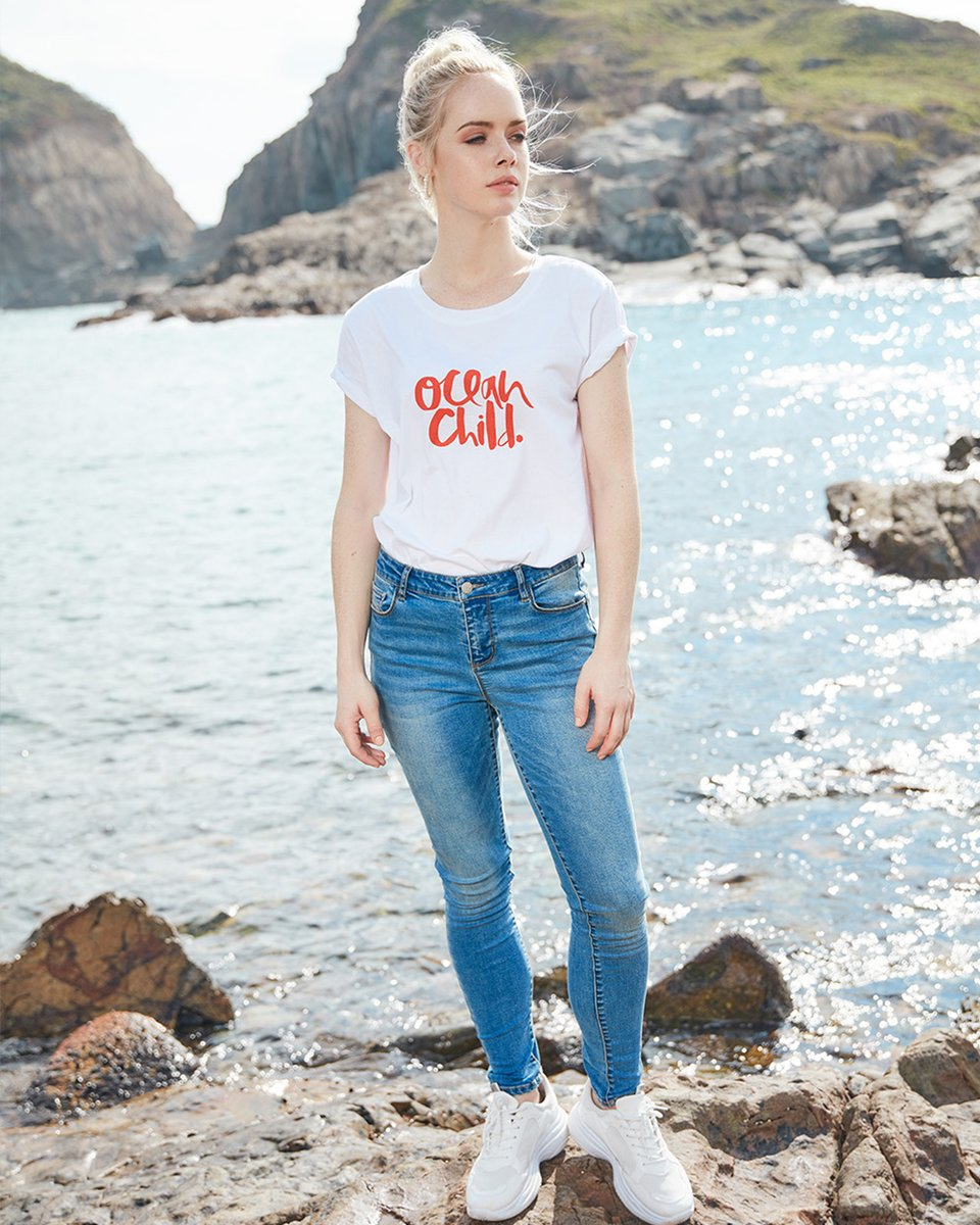 Ocean Child T-Shirt Anbelle 7.99€ Jeans Tinny 19.99€ #mycolloseum #springimpressions #mycolloseum2020 #ss2020 #newcollection #newin #new #newarrivals #getthelook #fashion #stylinginspiration #getthelook http://www.colloseumshop.com pic.twitter.com/zWwgAxF8vc