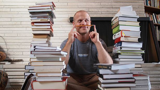 Can't speak or endorse any of the books mentioned, but I LOVE the Evernote and Kindle hacks in tagging and filing for further review at the beginning: The Best Books and Articles I Read in 2019 – The Blog of Author Tim Ferriss https://buff.ly/383xXHppic.twitter.com/rELDs3WrRw