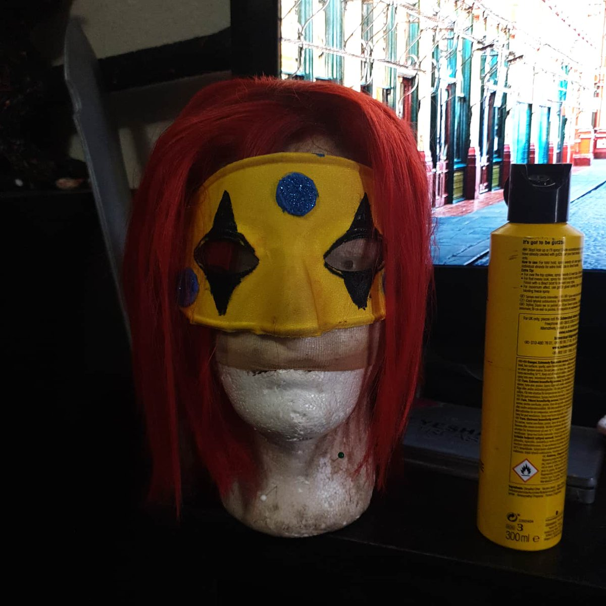 Styled a #partypoison wig for myself for march! Cant wait to do a #killjoy group cosplay on the sunday of #birminghammcm we have a party, fun ghoul and most likely is everything goes right a jet star I am so excited #mychemicalromance #mcrmy @MCRofficialpic.twitter.com/bZ2vyIffS5