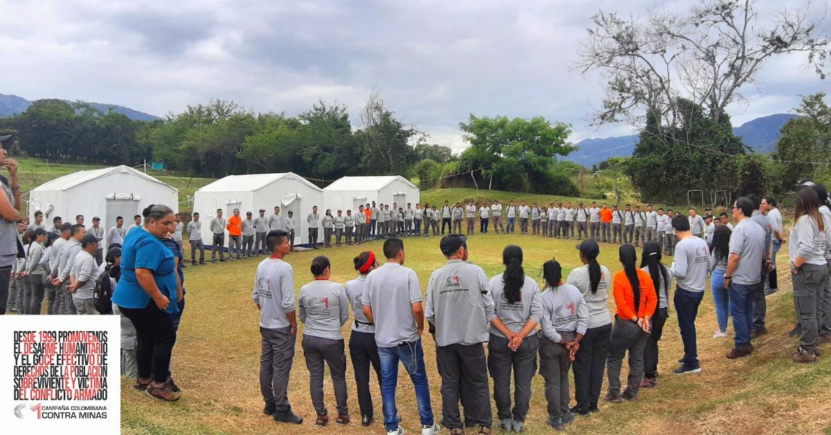 Continúa el trabajo en desminado humanitario en Algeciras #Huila, Colombia avanza hacia la paz a pesar de incumplimientos del Estado.
