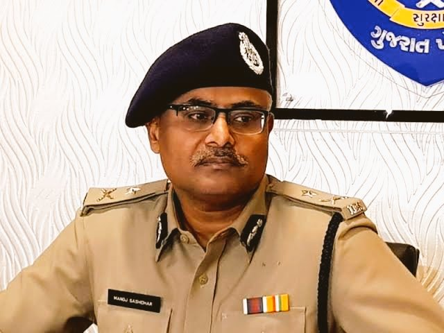 Gujarat cadre IPS Manoj Shashidhar appointed Joint Director of CBI ...